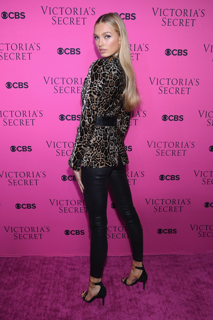 ROMEE STRIJD_LAMARQUE_KELLY-L LEATHER LEGGING_NOVEMBER 28, 2017_GETTY IMAGES_VSFS VIEWING PARTY_NYC